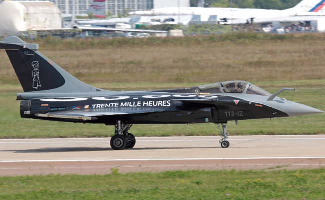 India to buy 36 'ready-fly' fighter jets from France