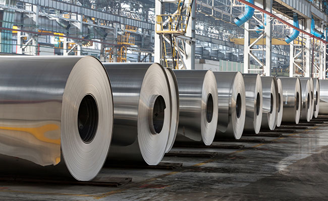 Ministry pitches for minimum import price on steel