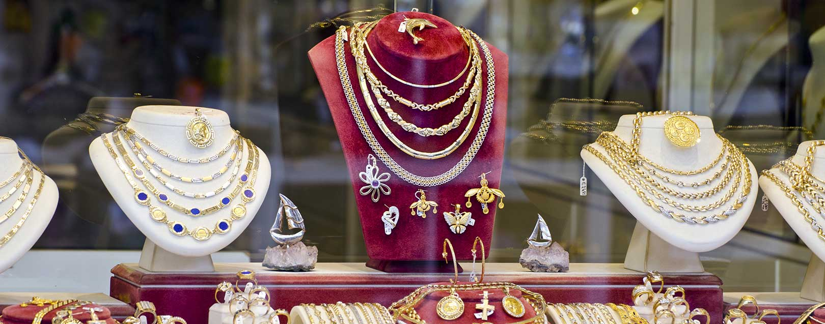 Rajesh Exports bags Rs 786 cr jewellery order from UAE