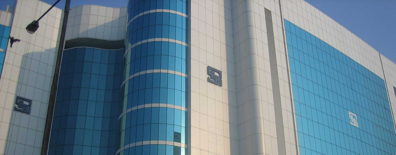 Sebi eases norms for FPIs, investment trusts; to curb PE misuse