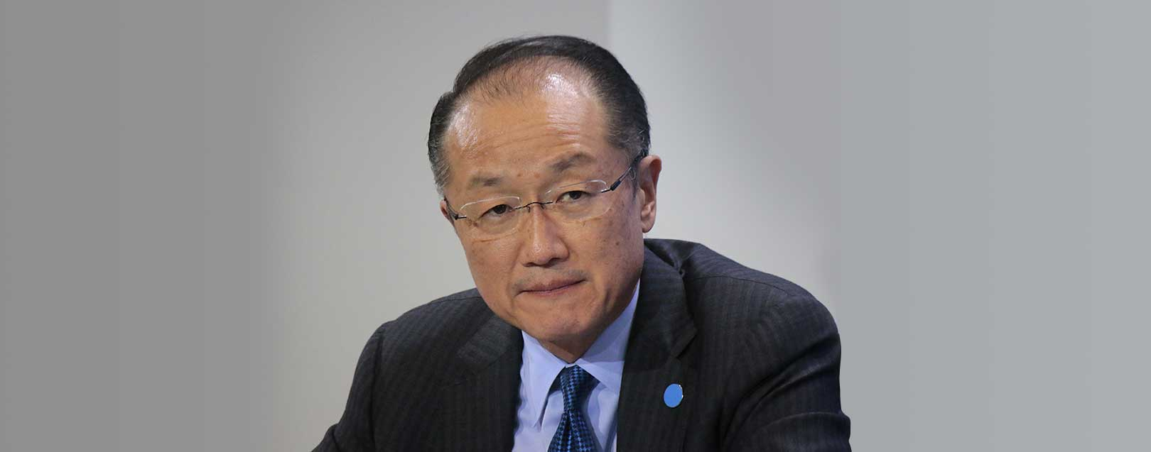Multiple risks threaten hard fought gains in many countries : WB