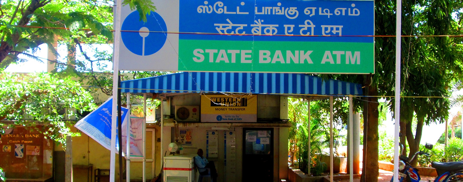 6 lakh SBI debit cards recalled; HDFC, Axis, ICICI, Yes Bank cards also compromised
