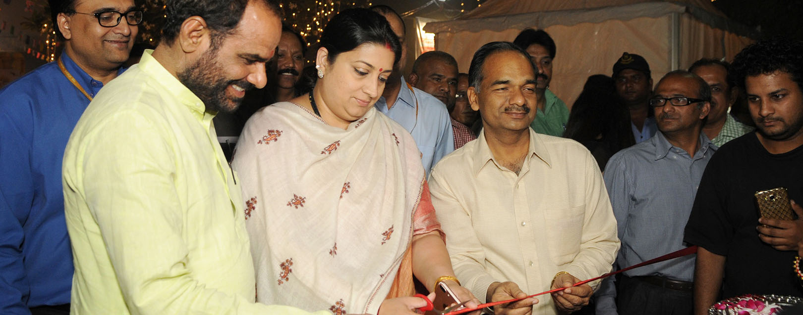 Govt. to modify stall allotment policy at Dilli Haat in two weeks: Smriti Zubin Irani