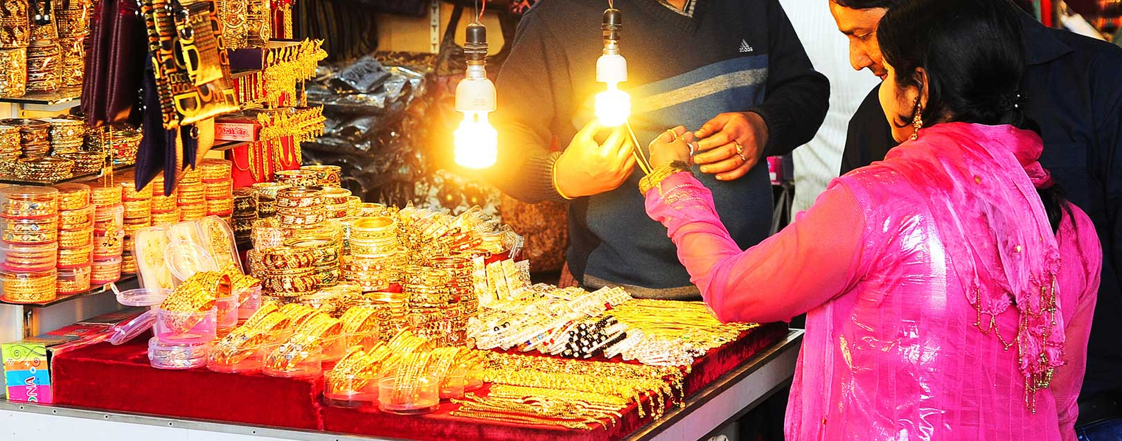 Govt cracking down on illegal sales by jewellers in the last 4 days