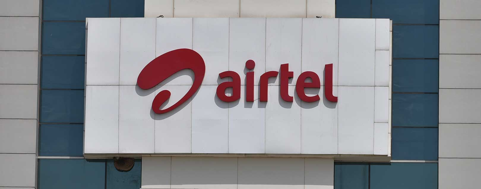 Bharti Airtel buys Tikona's 4G business for Rs.1600 cr