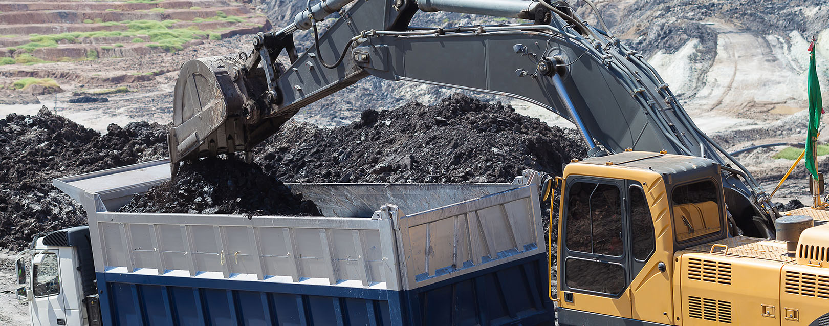 Aus govt company seeks to invest in Adani's coal mine project