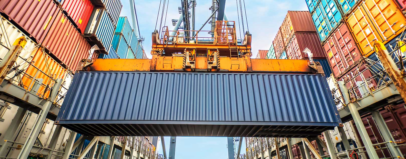 Australia's first quarter trade surplus to be boosted by soaring export prices