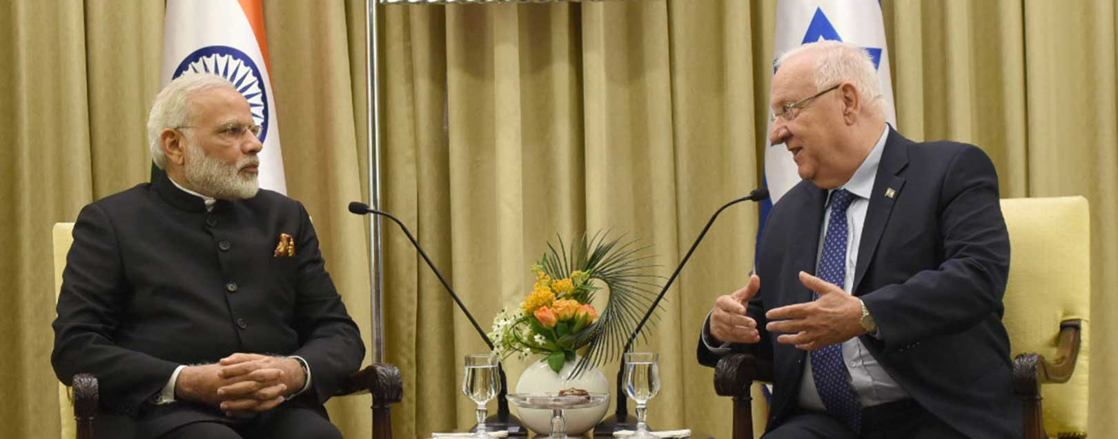 Modi receives a warm welcome in Israel, discusses trade, terrorism; 7 MoUs signed