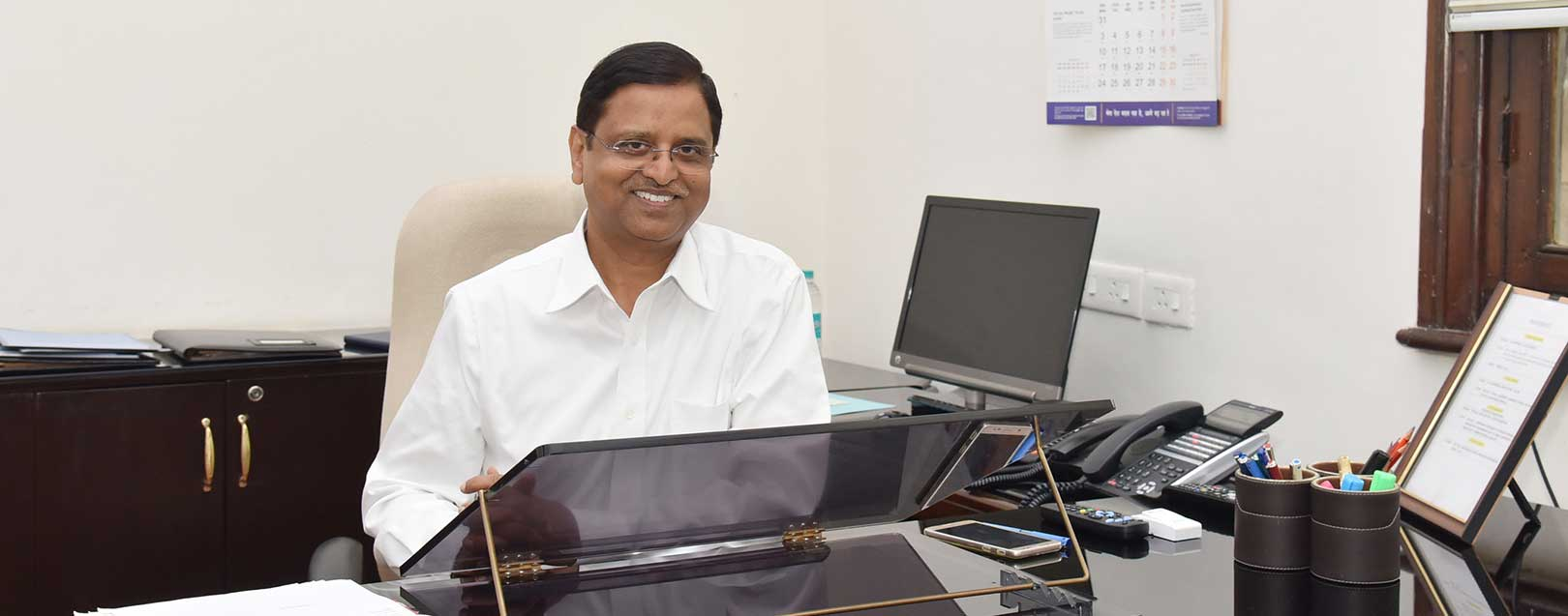SC Garg assumes charge as economic affairs secretary