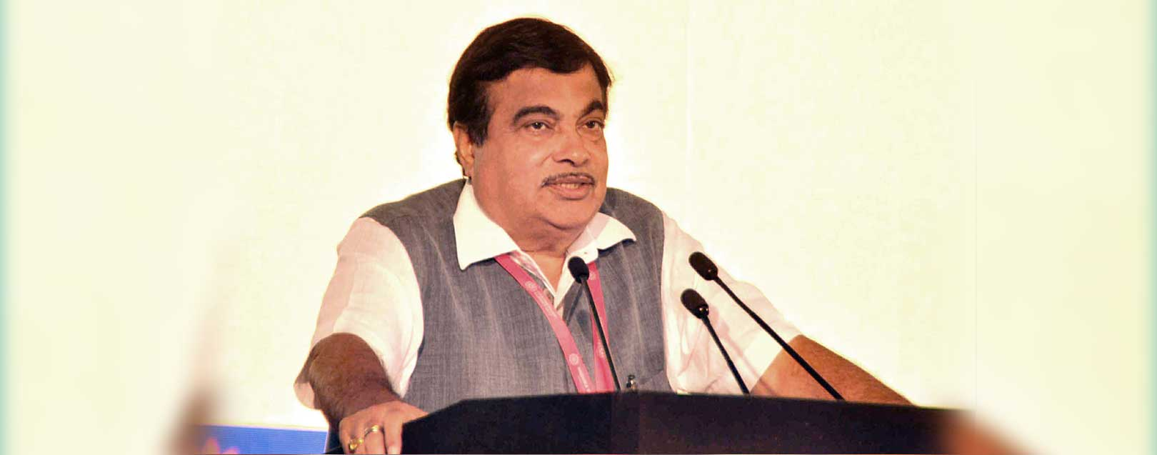 We are going to bring in a policy to promote use of alternative fuel: Gadkari