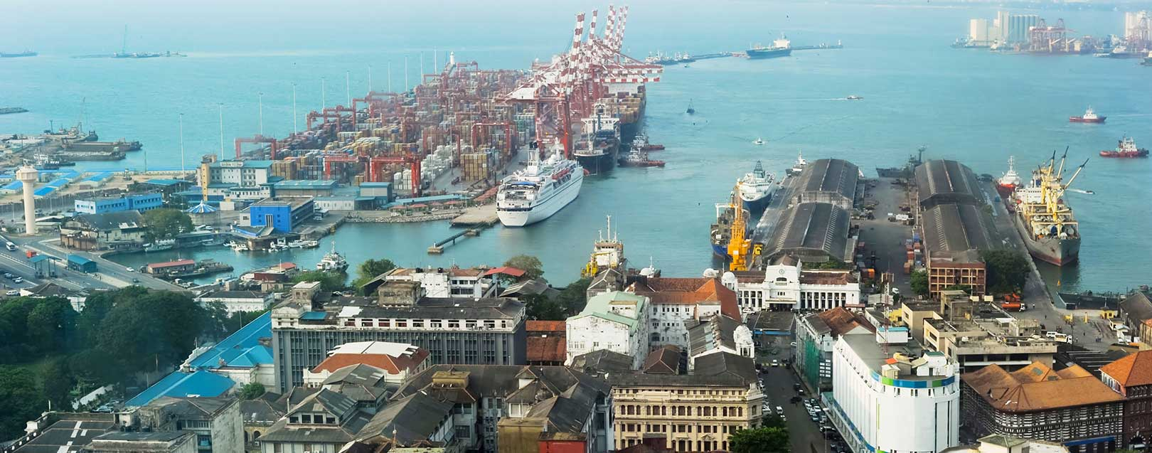 Lankan cabinet clears Chinese port deal