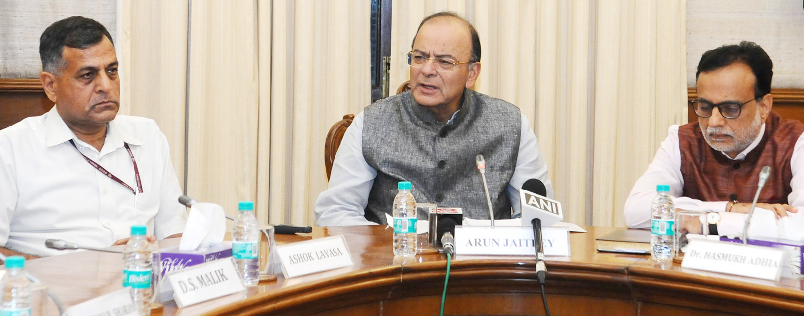 Govt collects Rs.92,283 crore revenue from GST in July